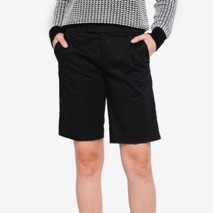 BANANA REPUBLIC SHORT BERMUDA BLACK SIZE 10